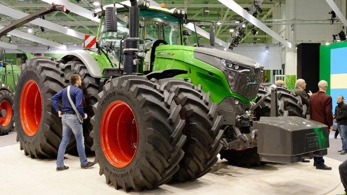 Agritechnica gros tracteurs et belles machines - Cars et les tracteurs ...