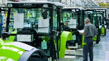 Claas est l'un des deux seuls constructeurs de tracteurs à produire en France.