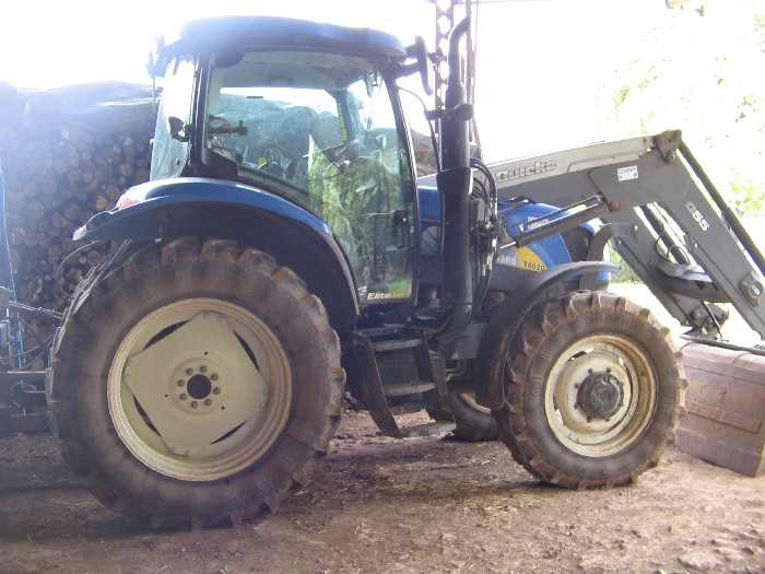 Tracteur agricole New Holland d'occasion