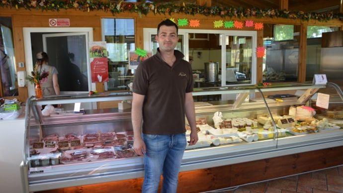 L'élevage Moris est désormais propriétaire de neuf magasins en Italie.