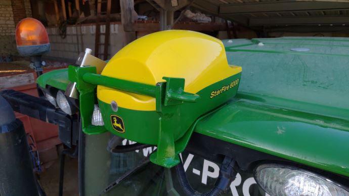 Antivol pour antenne GPS de tracteur