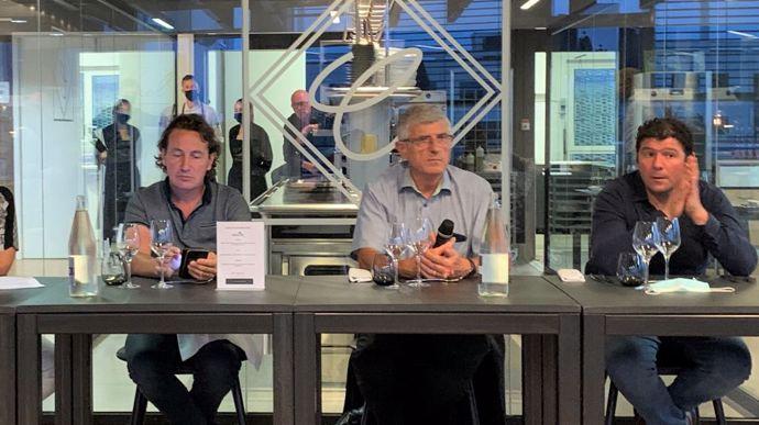 Dominique Grasset, Marcel Denieul et Thomas Guégan ont débattu du bien-être animal, avec Emilie Jeannin (non présente sur la photo), le 13 septembre, à Rennes.