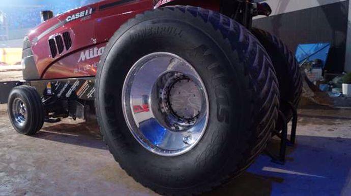 Mitas-Tracteur-Pulling