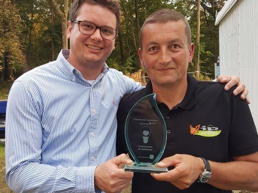 Patrick Gaymard reçoit un des trophées de l'innovation de Salonvert 2018