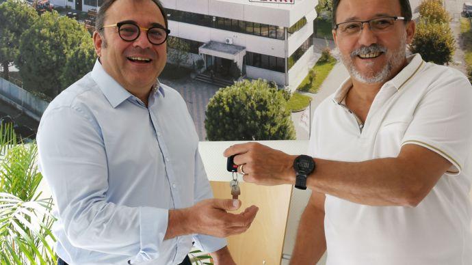 Passage de relais entre Charles-Henri Jarriau (à gauche), le nouveau directeur de Ferri France, et Antoine Narvaez.