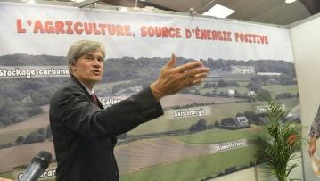 Stéphane Le Foll annonce trois mesures fiscales en faveur des agriculteurs