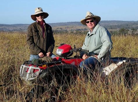 Jeff et sue trott eleveurs en australie dans leurs prairies