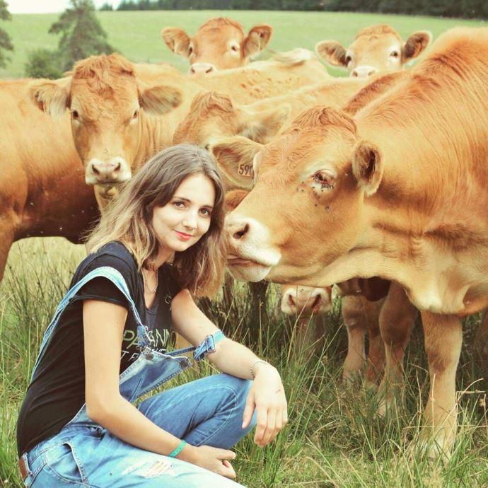 Marina Estrade, en cours d'installation agricultrice en Corrèze