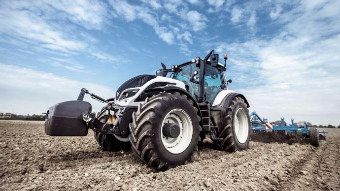 Machine de l 39 ann e 2018 palmar s et photos par cat gorie - Cars et les tracteurs ...