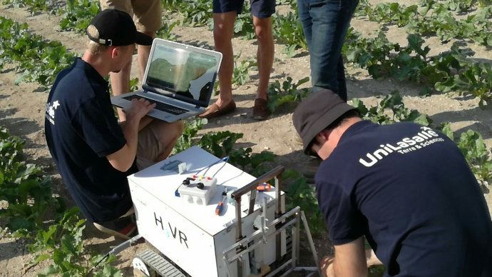 Tests d'H3VR Robot par les étudiants d'UniLaSalle en juillet dernier lors des Rob'Olympiades