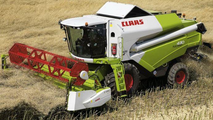 La cote agricole d'occasion tracteur - Tucano 430, la polyvalence vue par Claas