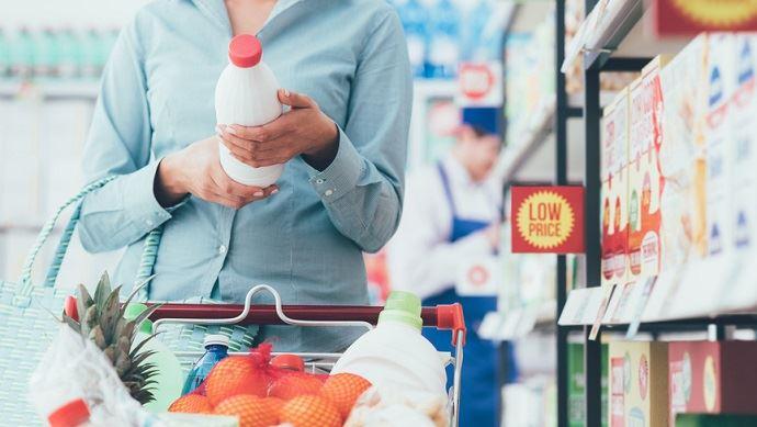Contrairement au reste de l'année 2017, les prix des produits alimentaires ont baissé en décembre.
