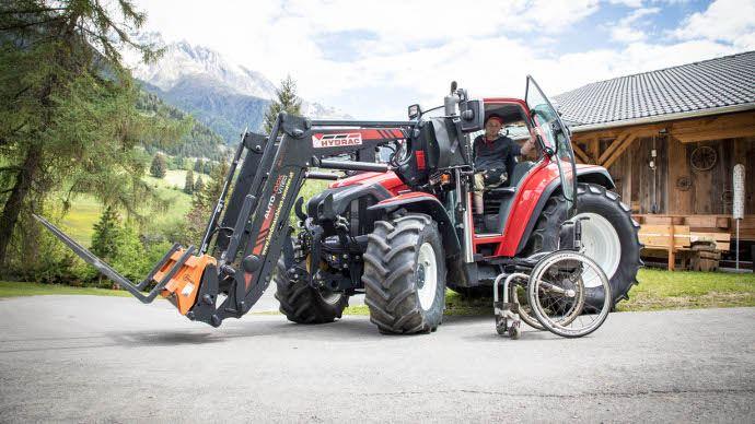 Lindner propose un accès pour personne à mobilité réduite dans le tarif tracteur