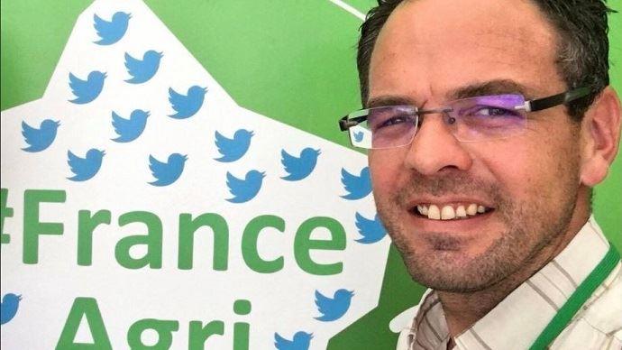 Agriculteur dans les Ardennes, Cyrille Champenois avait créé Franceagritwittos, une communaut - virtuelle et réelle - du monde agricole pour développer une communication positive de la profession