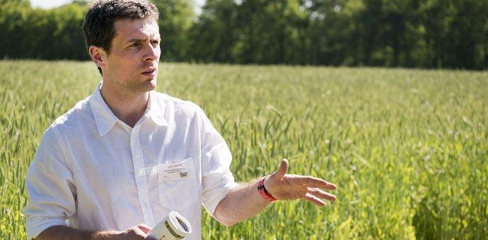 Julien Fortin, responsable de la ferme expérimentale de Thorigné d'Anjou