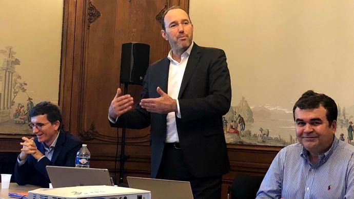 Antoine Meyer, président d'IBMA (au centre), lors de la conférence de presse de l'association le 19 janvier