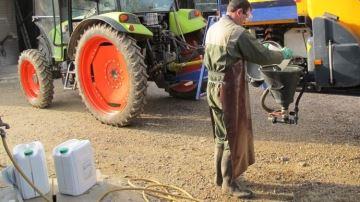La production en France de phytos bannis de l'UE sera bien interdite en 2022
