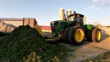 Suivez un chantier d'ensilage d'herbe XXL sur une ferme laitière du Canada