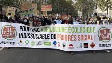 Mobilisation pour repenser l'agriculture et instaurer «un rapport de force»