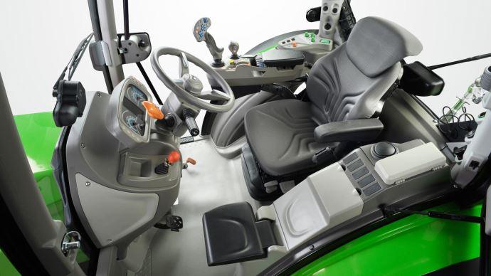 Cabine du tracteur Deutz-Fahr 5D TTV