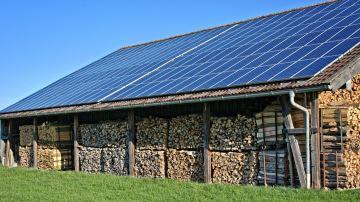 Main basse sur le photovoltaïque agricole?