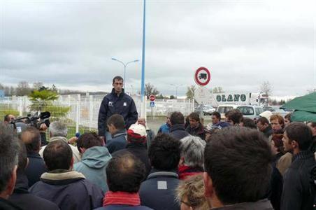 10e jour d'action des producteurs de la laiterie Danone de Villecomtal-sur-Arros (Gers)