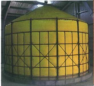Les silos souples de 20 à 200 tonnes conviennent bien à l'inertage du maïs grain humide.