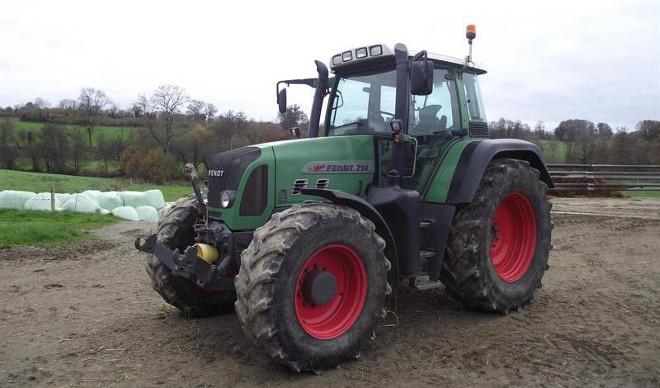tracteurs agricoles d 39 occasion qui se vendent le plus en france en 2013. Black Bedroom Furniture Sets. Home Design Ideas
