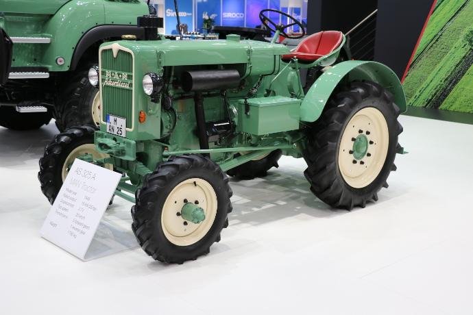 Tracteur-Man.JPG
